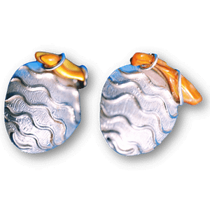 Aretes de olas de plata